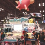 WeLoveFine at New York Comic Con 2014-complete with Team Fortress 2 Balloonicorn!